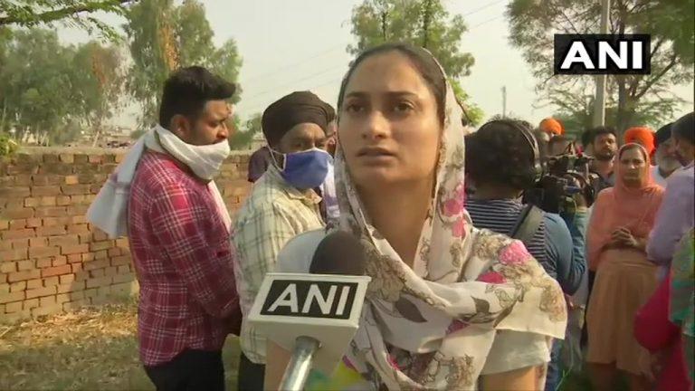 कश्मीरे पाकस्य भाषां बदितम् कांग्रेसस्य जनाः, शौर्य चक्र इति विजेतायाः हनने मूकम् किं – शलभ मणि त्रिपाठी: ! कश्मीर में पाक की जबान बोलने वाले कांग्रेस के लोग, शौर्य चक्र विजेता के हत्या पर मौन क्यों – शलभ मणि त्रिपाठी !
