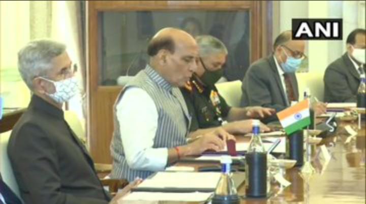 भारत-यूएस इत्यस्य मध्य बीइसीए इत्ये अभवत् हस्ताक्षरम्, रक्षा सहयोगम् अतिरिक्तम् सख्त करिष्यत: द्वयो देशौ ! भारत-यूएस के बीच BECA पर हुए हस्ताक्षर, रक्षा सहयोग और मजबूत करेंगे दोनों देश !