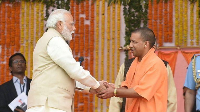 PM Modi DESTROYS the propaganda of so-called 'RIFT' between him & CM Yogi; lauds 'Elderline' Project of UP Govt